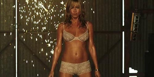 Jadi Penari Striptis, Jennifer Aniston Menggoda di Trailer We're the Millers | Top Info Terbaru