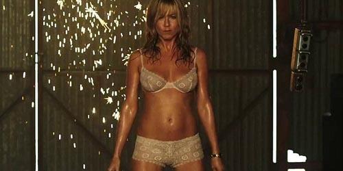 Jadi Penari Striptis, Jennifer Aniston Menggoda di Trailer We're the Millers | Top Info Terbaru