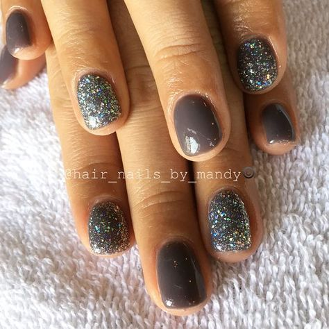 Grey color with glitter! fall nail colors gel polish nail design