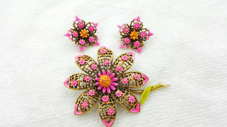 Art Signed Hot Pink Flowers Brooch and Clip Earrings Mid Century Modern