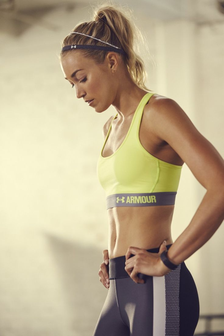 As strong as you started. The UA Crossback Bra offers the support you need to get the workout done.