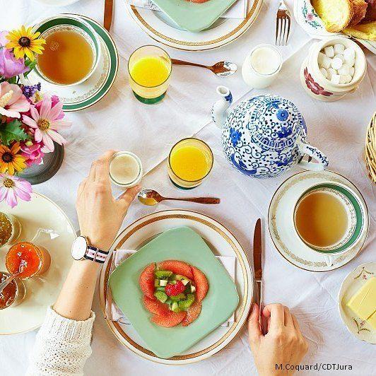 Petit déjeuner gourmand à Arbois | Jura, France | #JuraTourisme #Jura | Photo Max Coquard/Jura Tourisme
