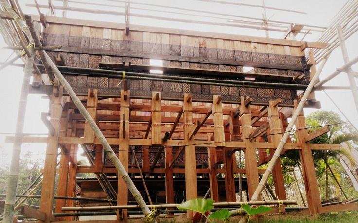 Toraja Tongkonan on progress