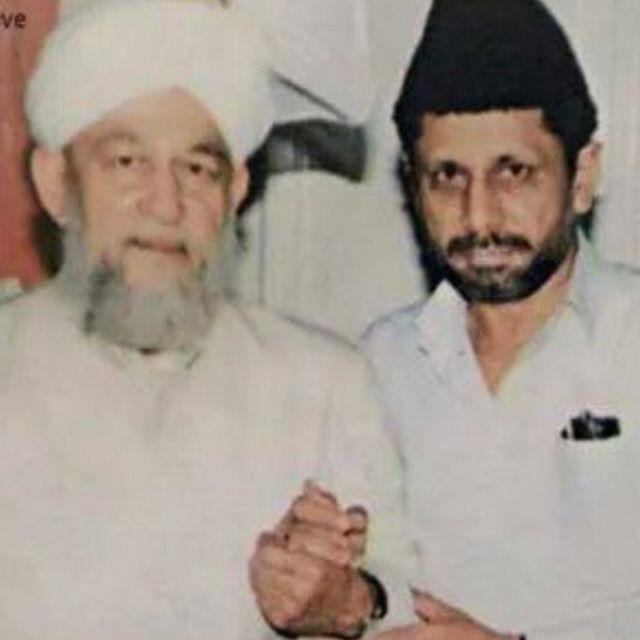 Hazrat khalifat ul maseeh rabeh with Hazrat khalifat ul maseeh khamis
