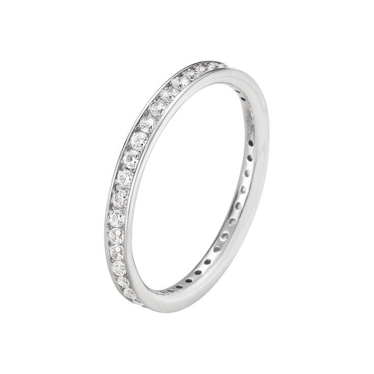 CLASSIQUE ring - 18 kt. hvidguld med brilliantslebne diamanter