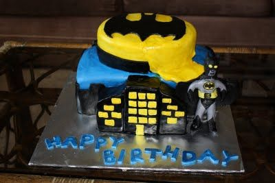 Simple Batman Cakes