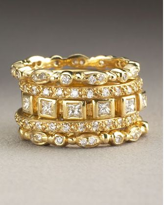 gold and diamond bands. www.mujernova.es