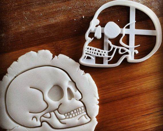 Anatomical Human Skull cookie cutter | biscuit cutter | Prehistoric Humans Archaeology | one of a kind | ooak