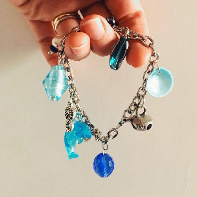 #bracciale multicharms con conchiglie, ciondoli in argento, perle, pezzo unico e particolare... ispirato al mare! 🐋🐋🐋#sea inspired bracelet. #cachita #cachitabijoux #depopstore #depop - Depop