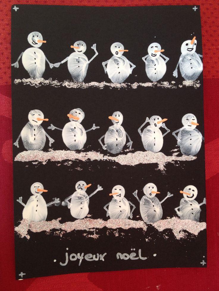 Bonhommes de neige avec les doigts