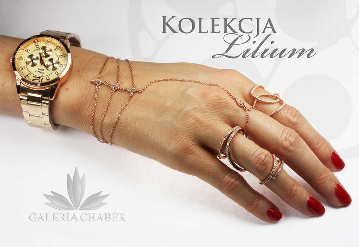 Różowe złoto, plecione bransoletki, podwójne pierścionki, duuużo cyrkonii, a wszystko to w wyrobach wysokiej jakości.