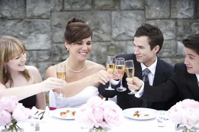 Don't get tongue-tied when asked to make a wedding speech. Make fabulous wedding…