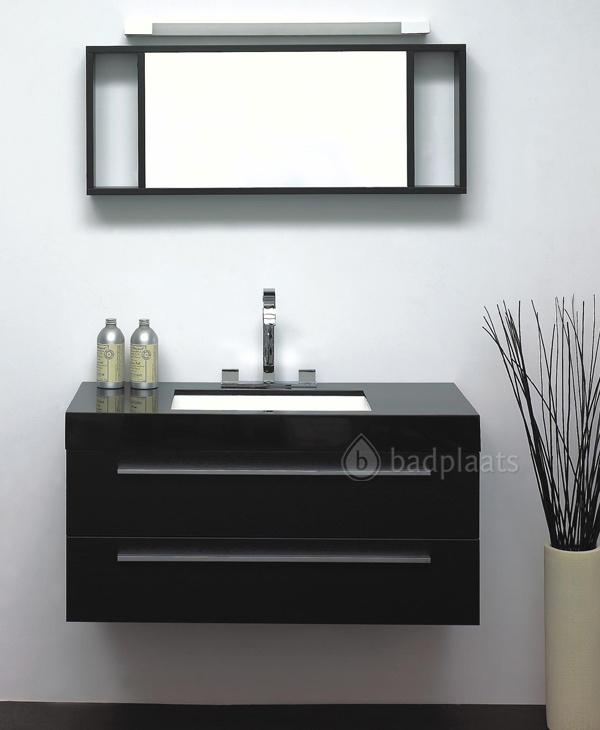 Design badkamermeubel New York heeft een zwarte wastafel met een wit verzonken wasbak. Dit meubel heeft een breedte van 100cm.