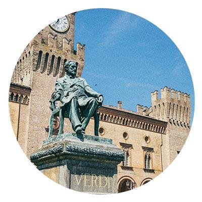 tour-food-music Piazza Verdi in Busseto