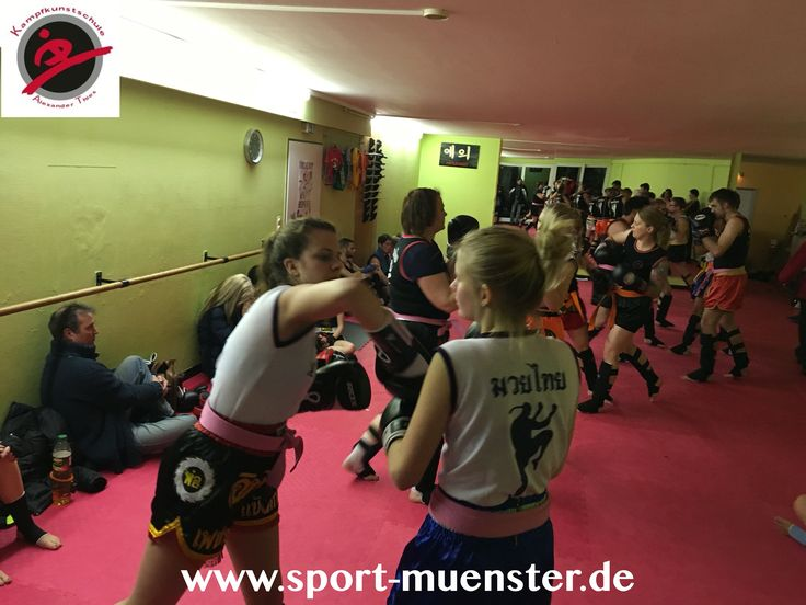 Muay Thai: unsere Mädels rocken!  #kampfkunstschulemünster #kampfsportM #fitnessmünster #fitness #sports #münster #muaythai #selfdifence