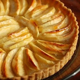 Caramelized Pear and Pastry Cream Tart | California Wines