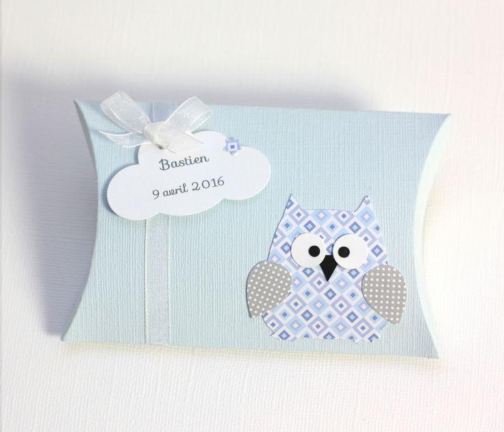 Boîte à dragées hibou et nuage pour baptême, anniversaire, cadeaux invités. Coloris bleu clair et gris : Autres papeterie par latelierdesconfettis