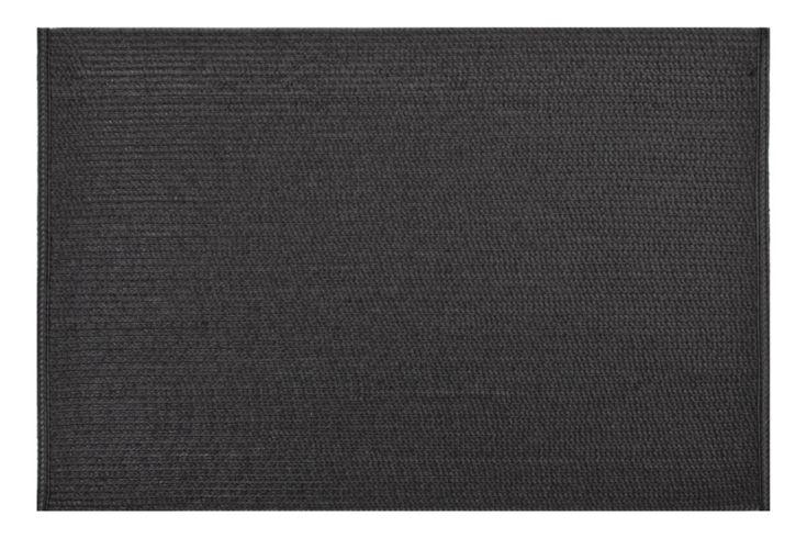 Černé prostírání na stůl obdélníkového tvaru