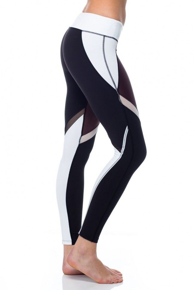 Hit the gym in cutting edge style with the Splits 59 Jordan Tight in Heather Moss Combo. With panels of shimmery silver fabric overlaid with mesh, this legging boosts any ensemble with lustrous style.