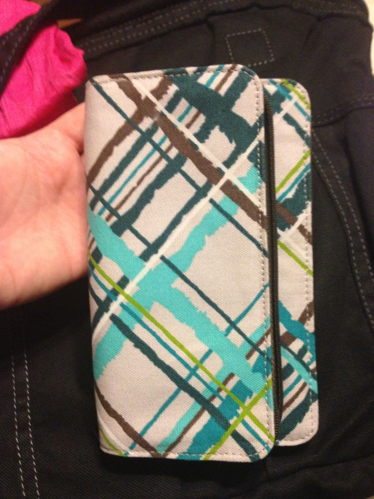 """Sneak preview from the Thirty One Fall 2013 catalog! A brand new pattern on the brand new """"free to be soft"""" wallet!!!"""