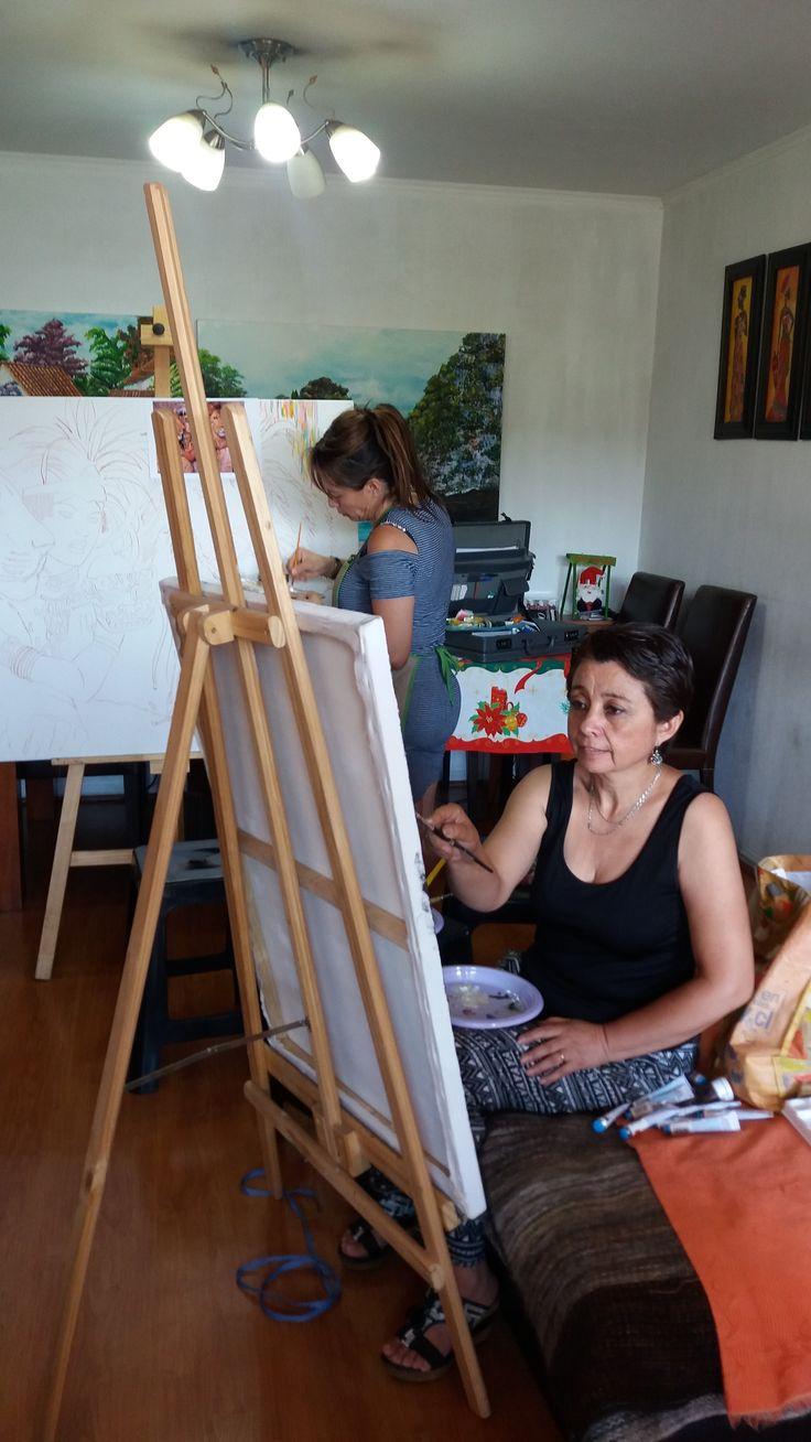 Ana María Valdés en su primer cuadro en el taller... ¡¡Bienvenida!!...