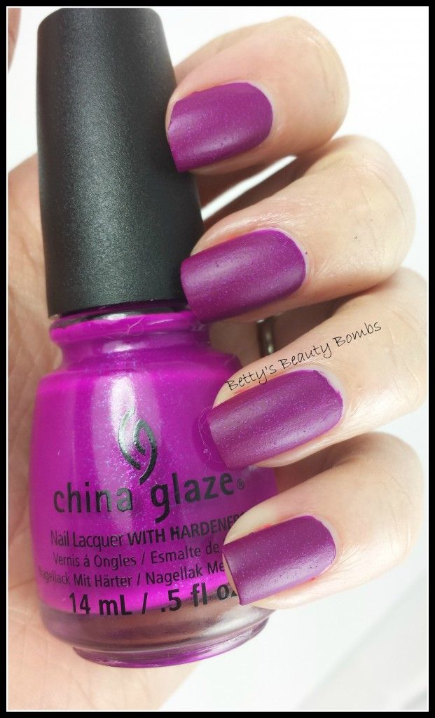 http://www.bettysbeautybombs.com/2014/06/01/china-glaze-neon-swatches/ / China Glaze Flying Dragon