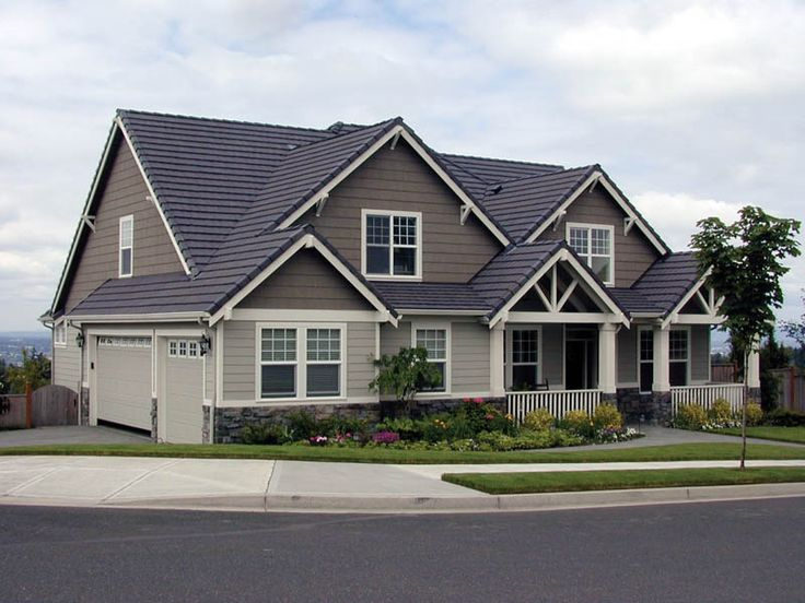 33 best images about medium houses on pinterest for Medium house plans
