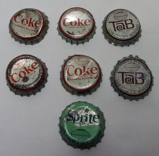 7 DIFFERENT SODA BOTTLE CAPS w/ FOOTBALL SPORT FIGURES NFL GEORGE RENFRO BAUGHAN
