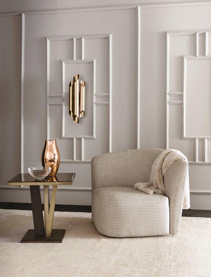 Chloe small armchair by Castello Lagravinese, Atlante small table and Shard wall lamp by Massimiliano Raggi for Casamilano home collection #casamilano  #massimilianoraggi #castellolagravinesestudio #interior #interiordesigner #madeinitaly