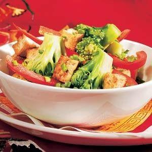 Roergebakken tofu met paprika en broccoli recept - Groente - Eten Gerechten - Recepten Vandaag