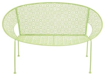The Cool Metal Green Garden Bench fra Modern Furniture Warehouse