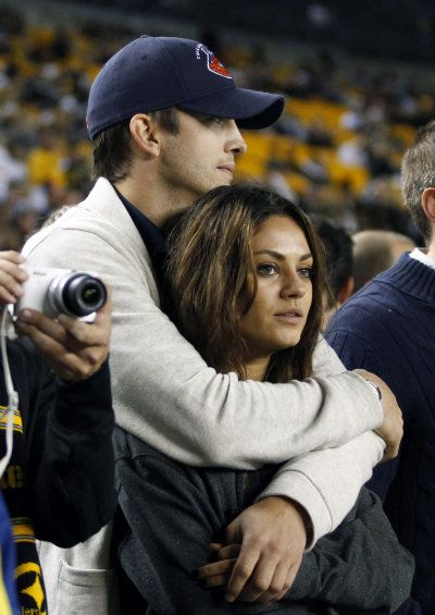 Celebrities at NFL Games are a Match Made in Football Heaven. Mila & Ashton finally together awwww (: