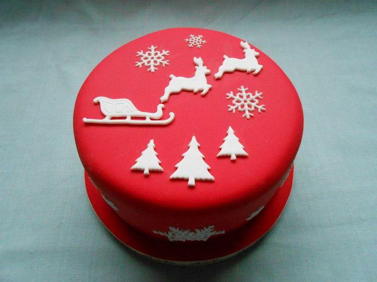 Santa's sleigh Christmas cake