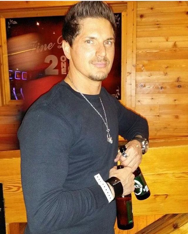 Zak Bagans... hope one of those is for me!