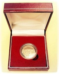 Presentation Boxed   20p twenty pence piece/coin UNDATED both sides MULE MINT ERROR no date  Guaranteed 100% Genuine