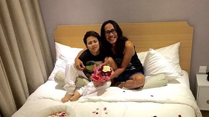 Video Aming dan Evelyn – Banjir Komentar Netizen, Apa Lagi Yang Dilakukan Pasangan Ini? – Tribun Style