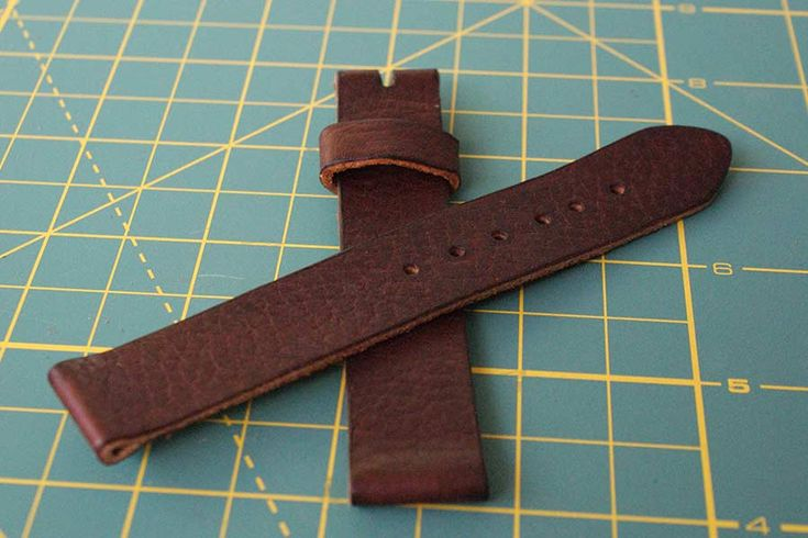 The final result: a diy, hand-made leather watch strap band