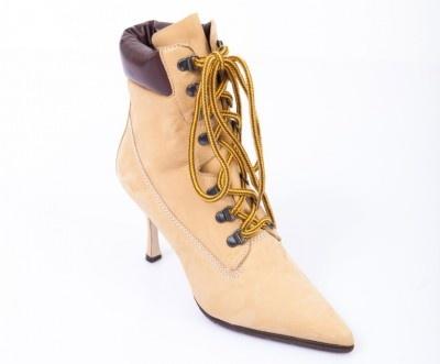 Afinal, as boots estão super em alta! - Manolo Blahnik