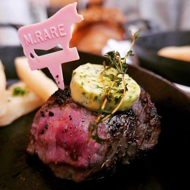 . #BLT #六本木一丁目 #肉 #makanan #อาหาร #restoran . . . #japan #newyork #paris #japanfood #bbq #foodpic #instafood #shibuya #steak #写真好きな人と繋がりたい #写真撮ってる人と繋がりたい #焼肉  #タン #ハラミ #しゃぶしゃぶ #肉好き #肉食 #グルメ #グルメ女子 #激ウマ #牛 #萌え断