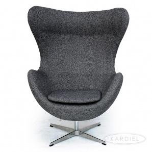 Arne Jacobden / Egg Chair
