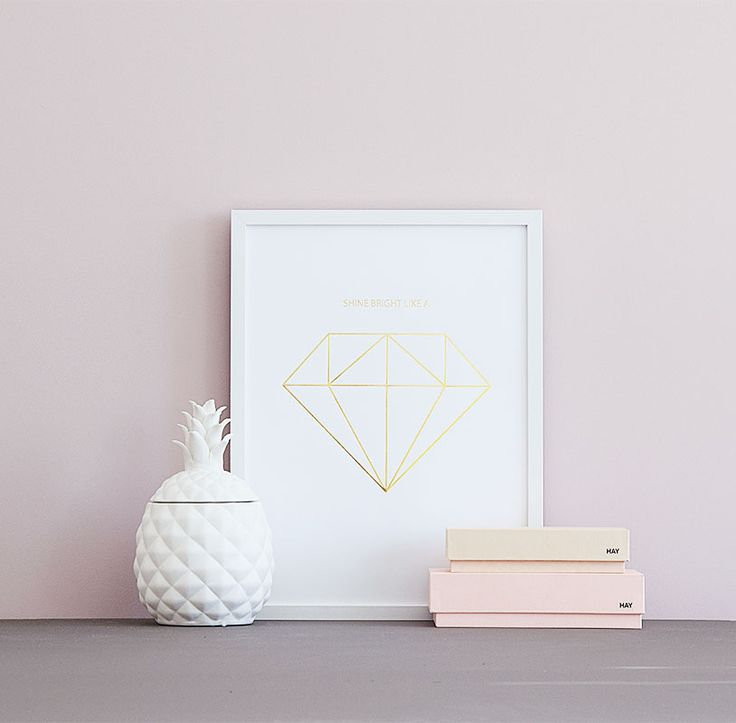 Diamond poster in gold foil.Trendy, luxurious poster that looks great with any décor. Find this one and more at www.desenio.se