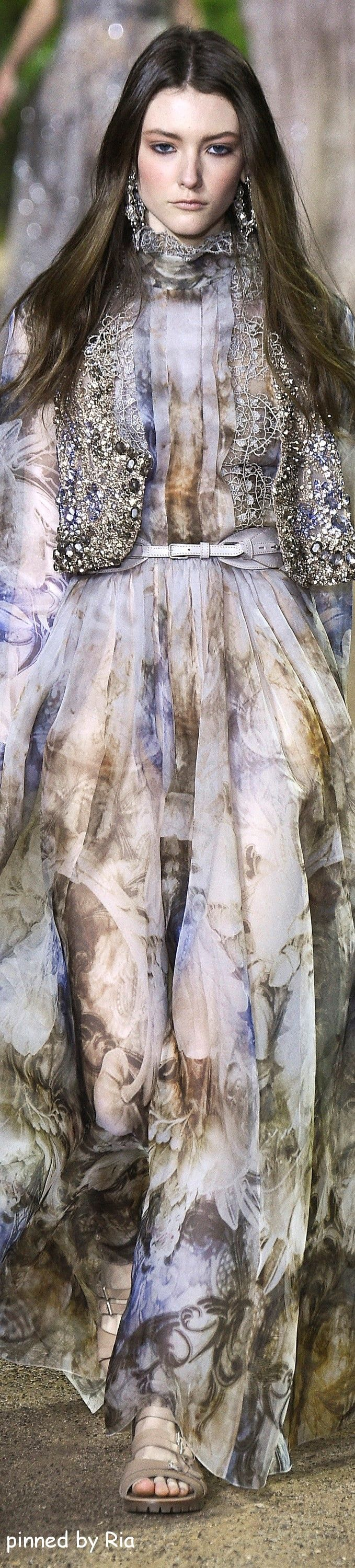 Elie Saab Spring 2016 Couture l Ria