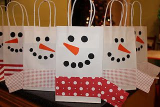 Snowman bags so cute for gifts at Christmas time. :)