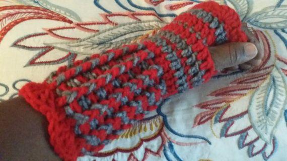 Crochet wrists warmer Winter Crochet by Laniecrochetcorner on Etsy