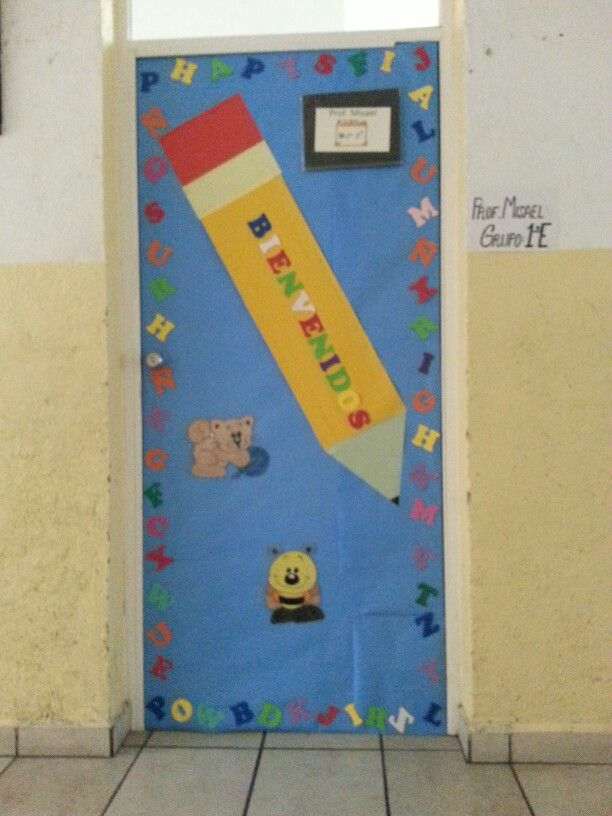 Puerta de bienvenida ideas pinterest for Puertas decoradas para regreso a clases