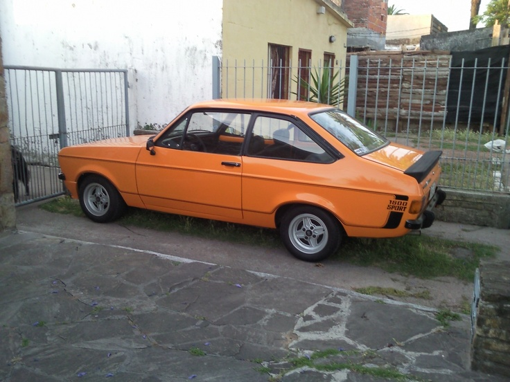 ford escort 1600 sport signal orange cars pinterest more ford cars and mazda mx ideas. Black Bedroom Furniture Sets. Home Design Ideas