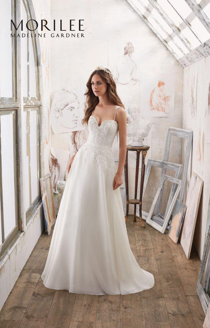 35 best Suknie ślubne BLU images on Pinterest   Short wedding gowns ...