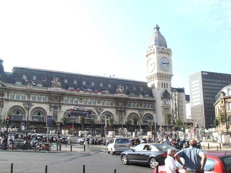 Gare de Lyon Train Station Building Front