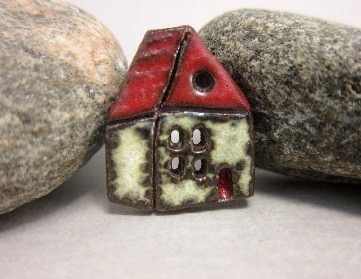 Bouton rustique maison en céramique... Cottage anglais... Toit