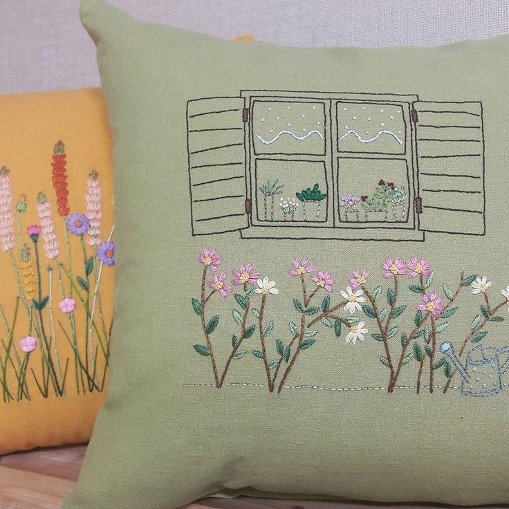 """100 curtidas, 2 comentários - peko프랑스자수 (@kang_embroidery) no Instagram: """"꽃이 있는 창가~~ #프랑스자수 #embroidery"""""""
